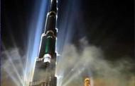 فیلم: روش تمیز کردن بلندترین برج جهان!